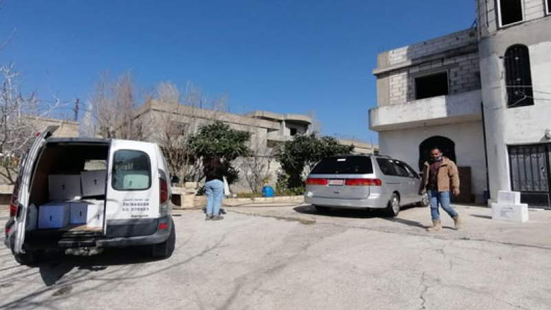 معقمات ومعدات وقائية وزعها  اتحاد بلديات جبل عامل على المواطنين