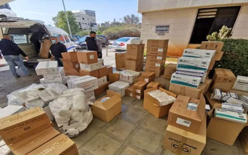 مستشفى صيدا الحكومي تتسلم معدات ومستلزمات طبية وادوية