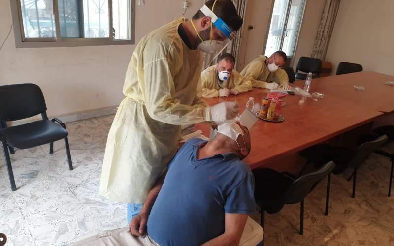 مركز طبابة محافظة عكار اخذ عينات الـ PCR لـ 77 شخصًا في بلدة عين الذهب