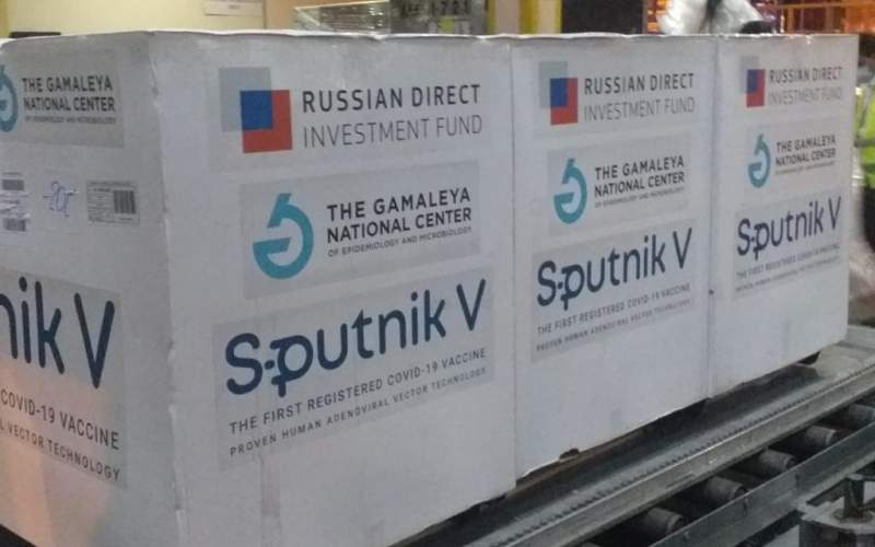 سريلانكا تتسلم الدفعة الأولى من اللقاح الروسي